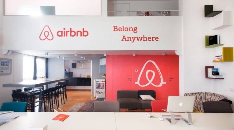 How is Airbnb beating the hotel industry?
